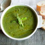 Soupe aux asperges et épinards