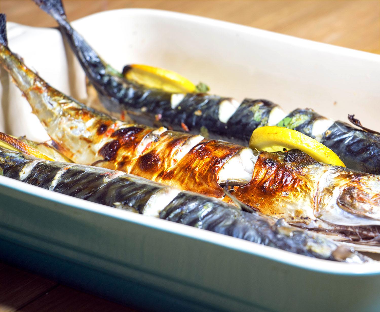 Maquereau grill au piment et citron vert recette pescetarian kitchen - Maquereau grille au four ...